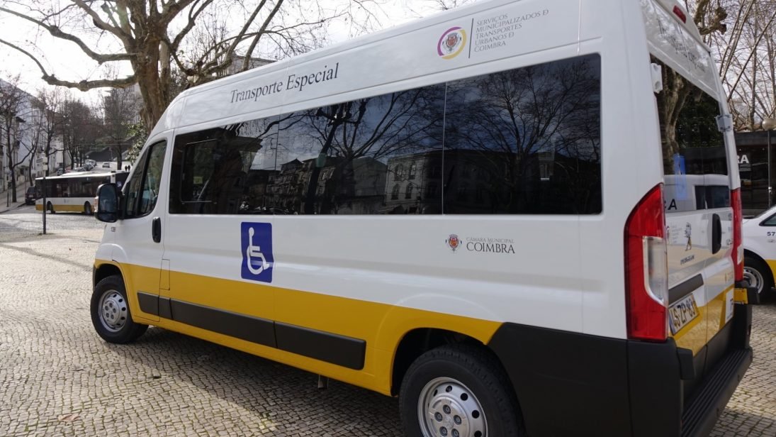 Câmara reforça serviço de transporte especial para pessoas com mobilidade reduzida