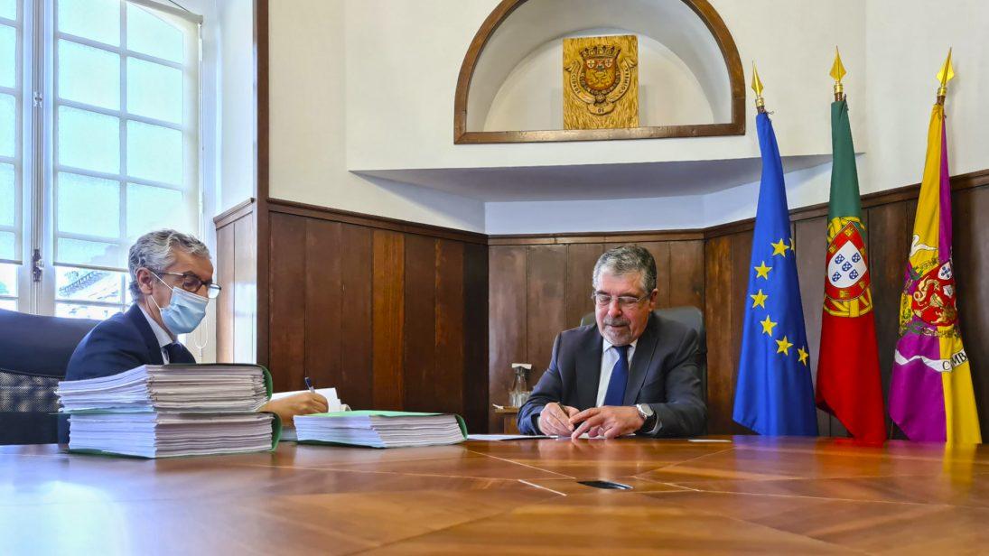 Assinado contrato para requalificação da margem direita do Mondego
