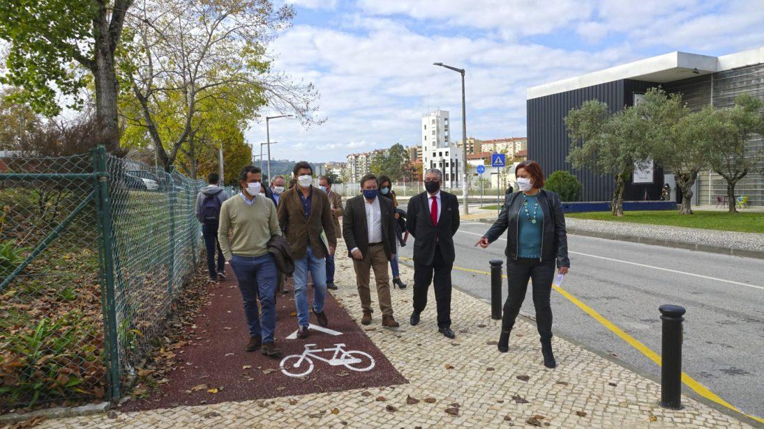 CM Coimbra instala mais de 80 postos de parqueamento de bicicletas