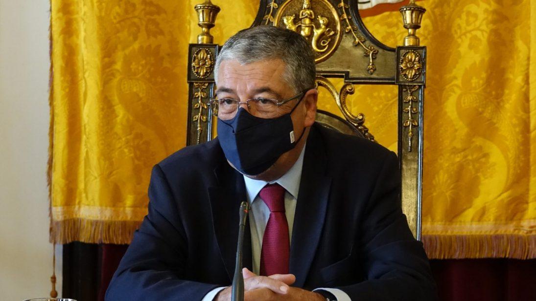 CM Coimbra reforça autonomia das escolas com 1,8M€