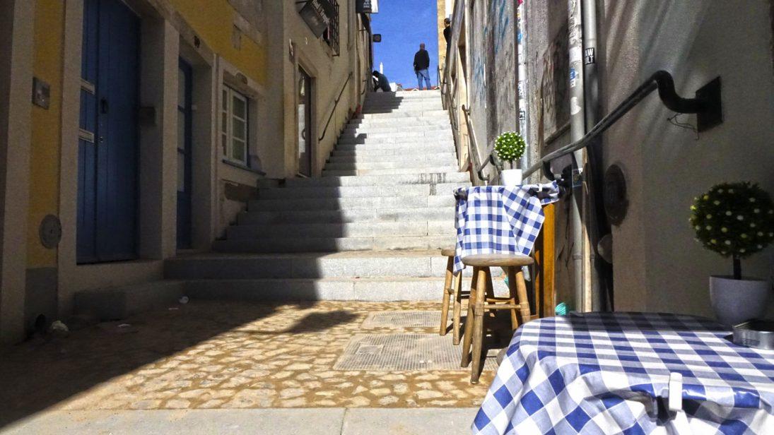 Saiba tudo sobre as obras de requalificação da Rua e Largo do Quebra Costas, do Largo da Sé Velha e das Escadas e Beco da Carqueja, na Alta de Coimbra