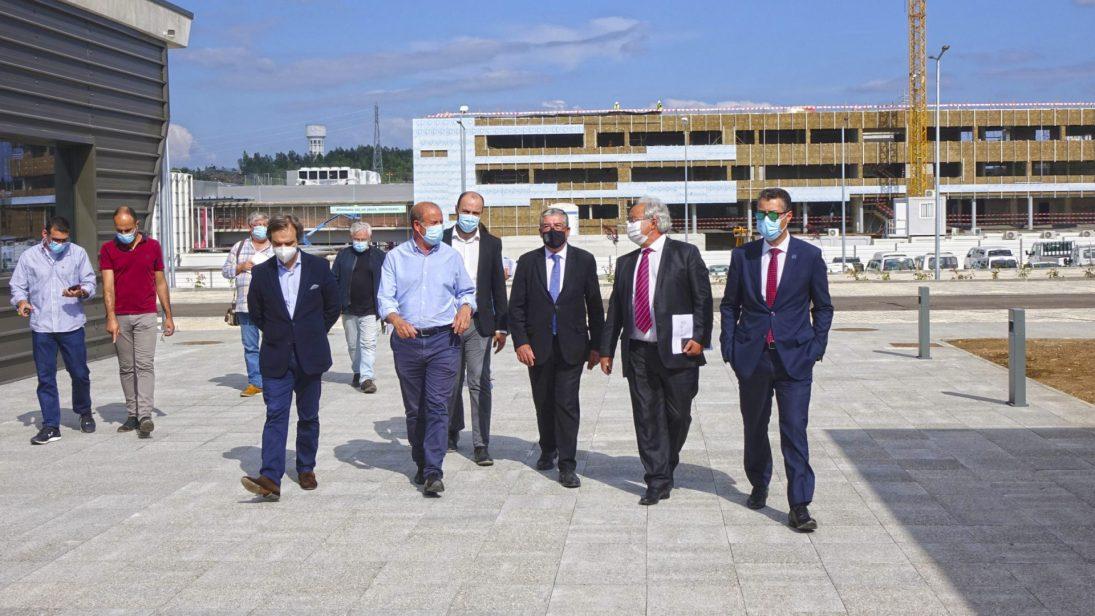Manuel Machado visita importantes investimentos privados em curso no iParque